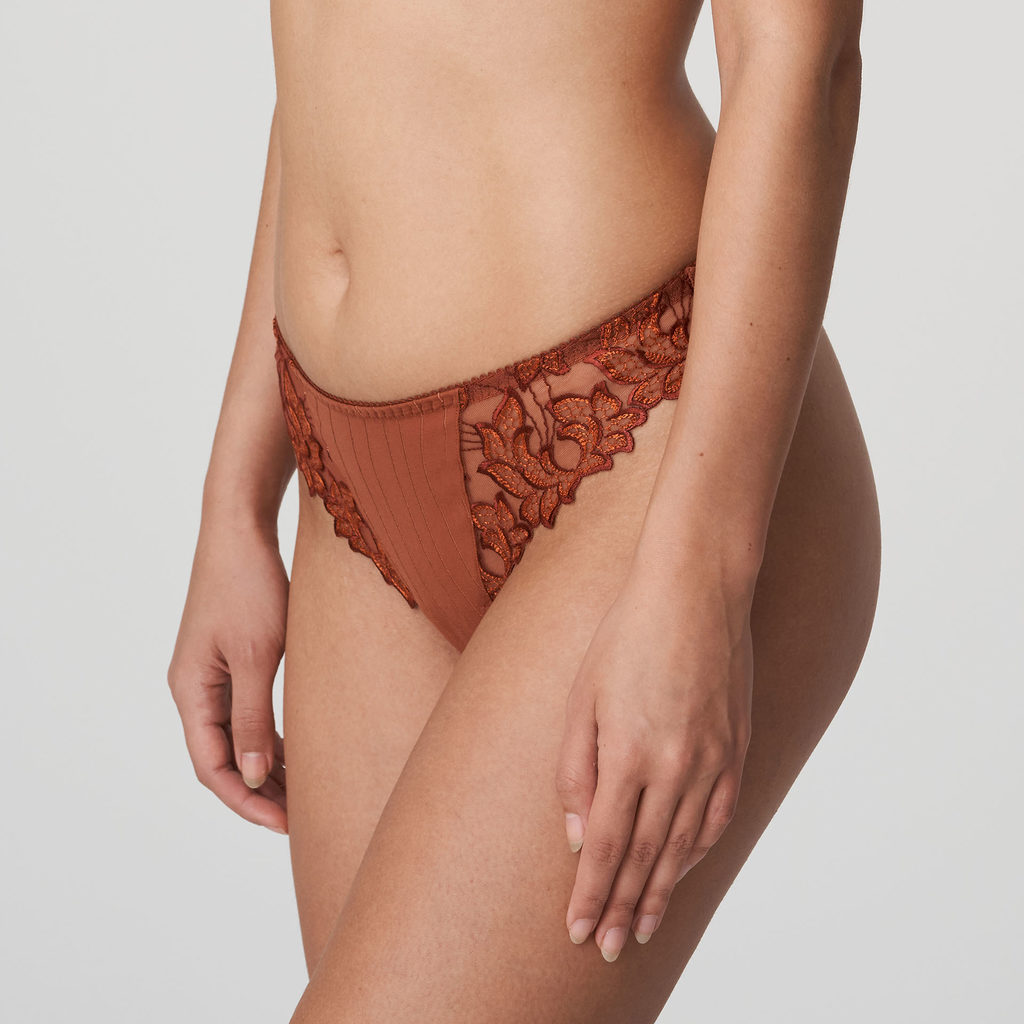Side image if woman wearing Prima Donna Deauville in Cinnamon Red G-String
