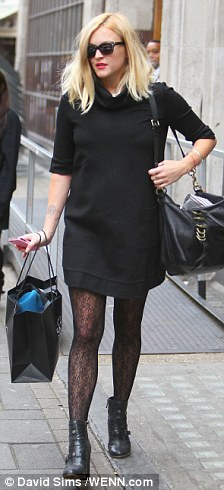 Fearne Cotton in tights