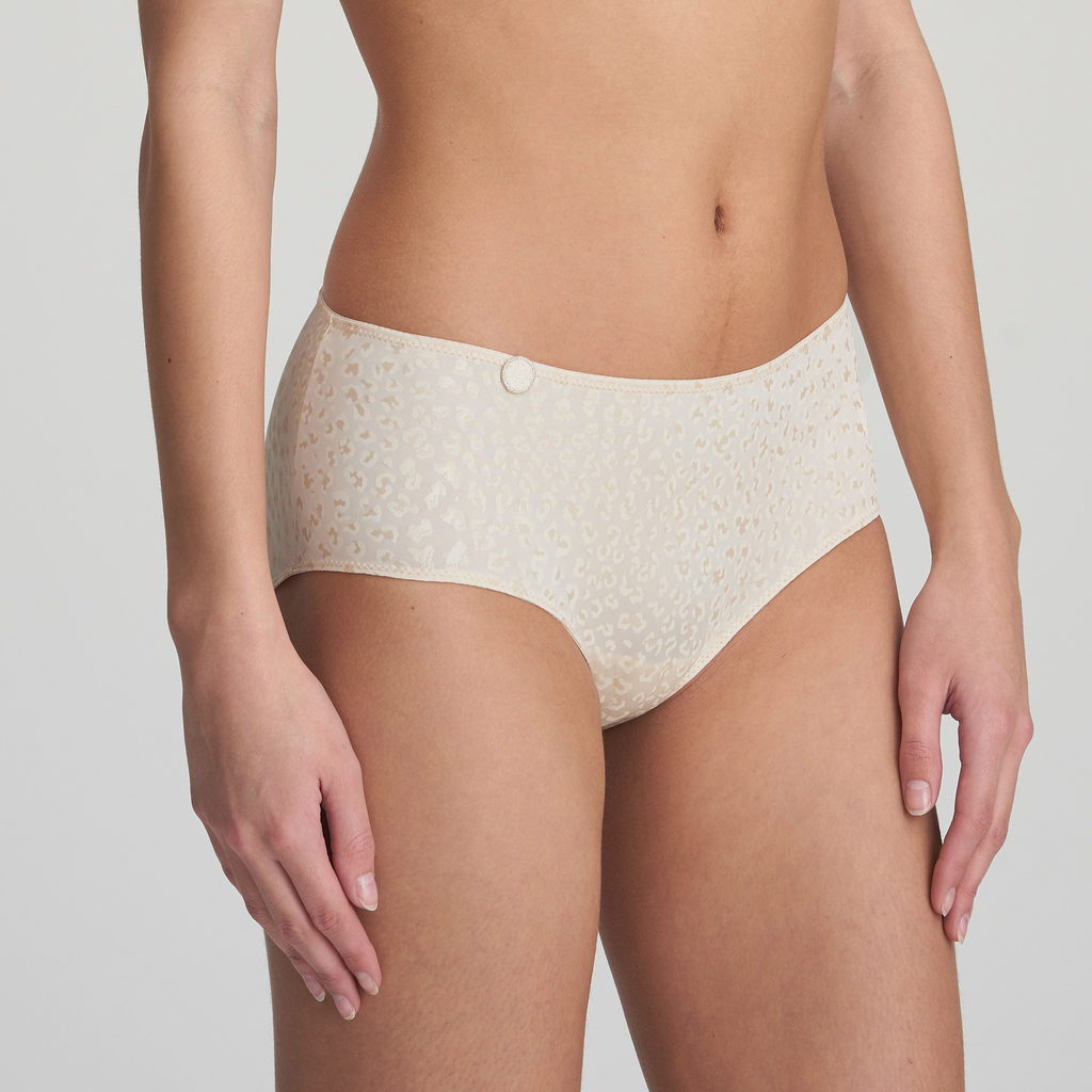 Front close up image of Marie Jo L'Aventure Tom Short in Pearled Ivory