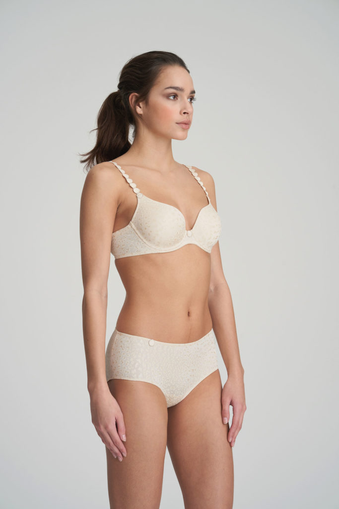 Woman wearing Marie Jo L'Aventure Tom Short in Pearled Ivory with matching bra